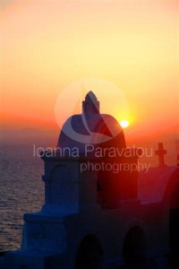 Oia-Santorini-Sunset-Cyclades-Islands-Posters-Collection-Sailing-Greece